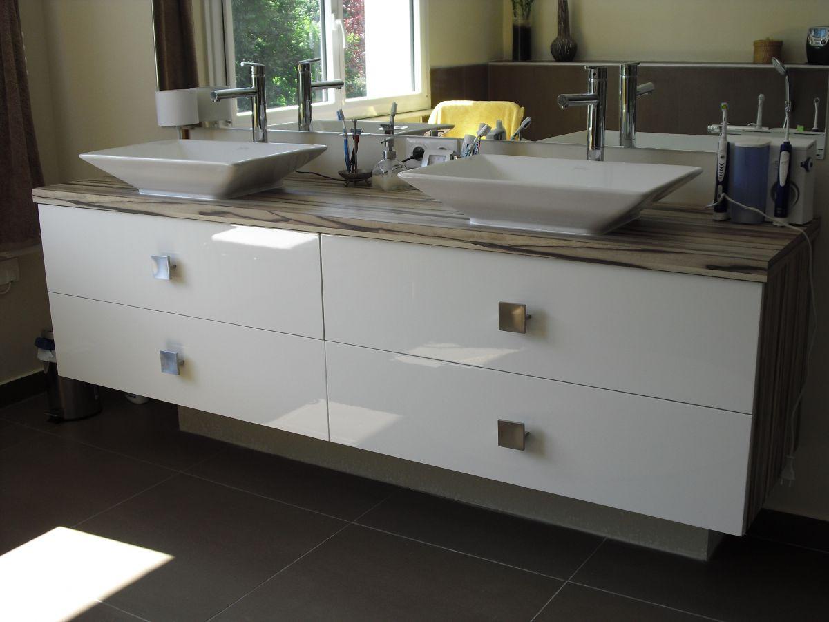 Salle de bain for Placard pour salle de bain
